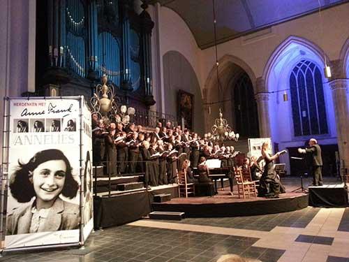 Herdenken bij voorstelling Hét Concertkoor over Anne Frank